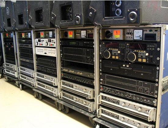 活动中的专业音响设备分类
