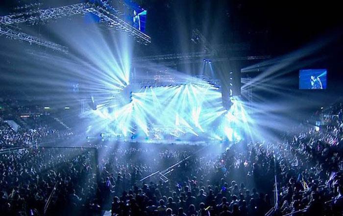 灯光舞美的氛围渲染是晚会策划效果的保