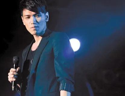 注意!杨宗纬未来两年的世界巡回演唱会