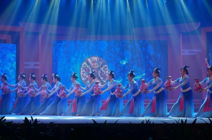一场充满岭南韵味的非遗晚会在广州正式